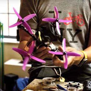 Video: vlogger bouwt voor het eerst een race-drone